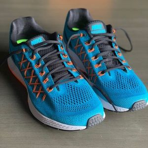 NEW Nike Air Zoom 200M Pegasus 32 Running Shoe